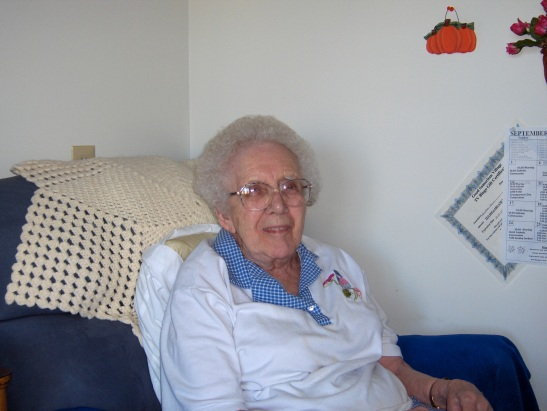 Esther Horn, volunteering, nursing home