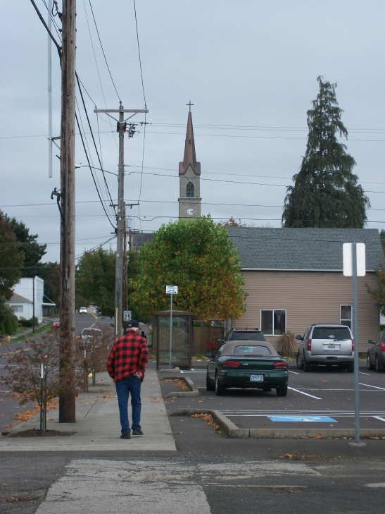 In better weather, on the other coast--a walk-by Hi in Mt. Angel, Oregon.