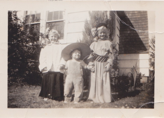 Mom and two of her sisters playing dress up. :)