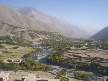 Panjshir Valley, Afghanistan, September 2004. Photo courtesy of Sfc. Keith Hummel.