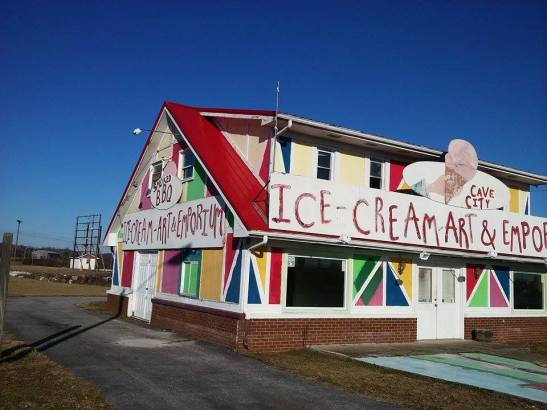 Somewhere in Kentucky, there was a BBQ, Ice cream, Art Emporium... :)
